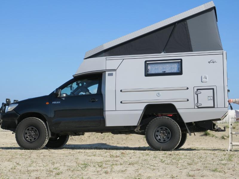 toyota hilux wohnmobil custom campers gmbh. Black Bedroom Furniture Sets. Home Design Ideas