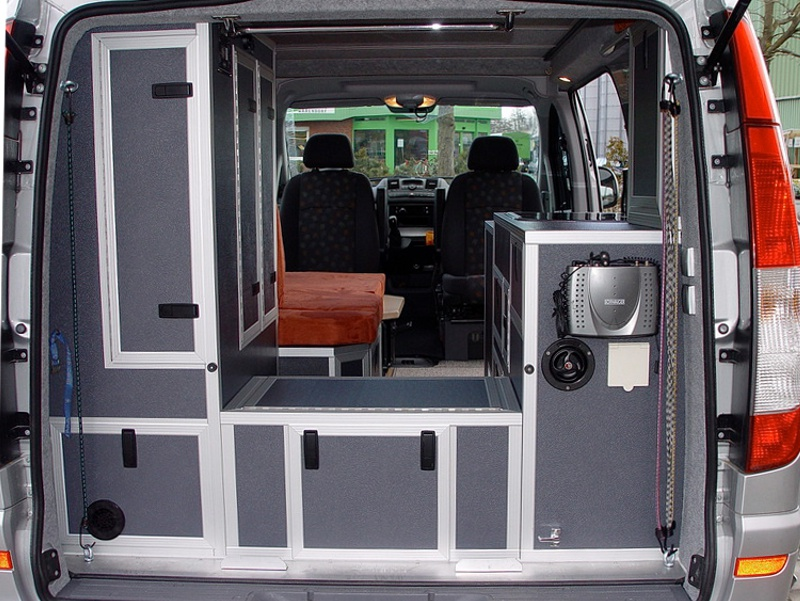 mercedes vito als camper umbauen wohnmobil ausbau. Black Bedroom Furniture Sets. Home Design Ideas