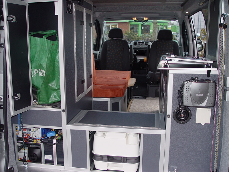mercedes vito wohnmobil umbau mercedes benz vito 115 mit. Black Bedroom Furniture Sets. Home Design Ideas